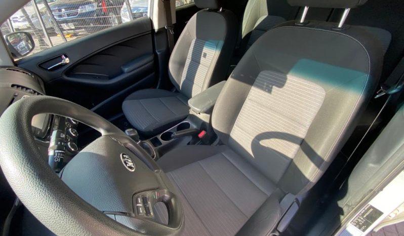 Kia Cerato 5 EX 1.6 completo